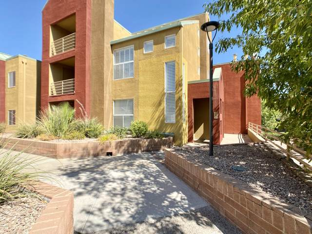 154 W 5th Street #209, Tempe, AZ 85281 (MLS #6114603) :: Brett Tanner Home Selling Team