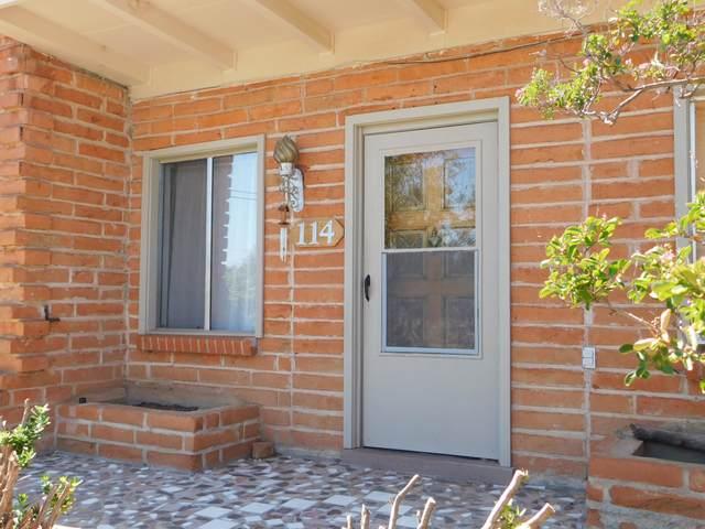 114 1ST Street, Huachuca City, AZ 85616 (MLS #6115160) :: Homehelper Consultants