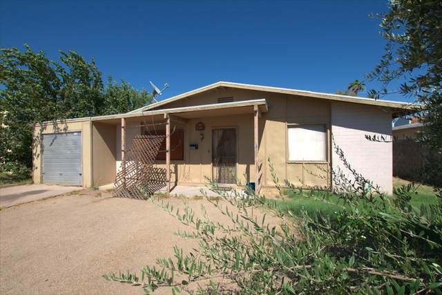 2821 N 52ND Avenue, Phoenix, AZ 85035 (MLS #6115301) :: The Bill and Cindy Flowers Team