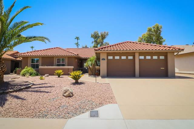 2276 Leisure World, Mesa, AZ 85206 (MLS #6115973) :: Long Realty West Valley