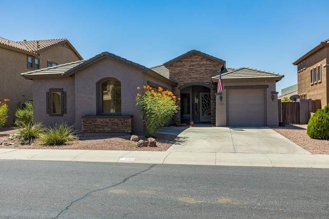 3109 E Goldfinch Way, Chandler, AZ 85286 (MLS #6117004) :: The W Group