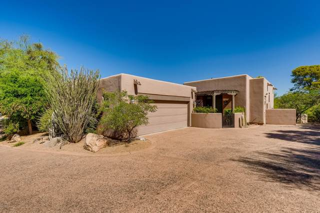 3104 E Arroyo Hondo Road, Carefree, AZ 85377 (MLS #6118674) :: The Property Partners at eXp Realty