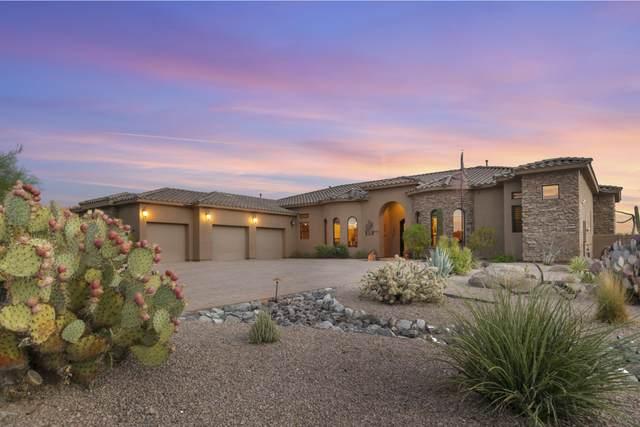 8451 E Regina Circle, Mesa, AZ 85207 (MLS #6118687) :: Lifestyle Partners Team