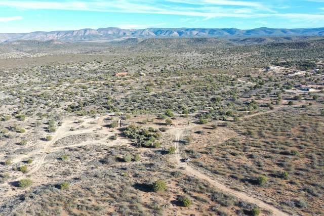 21.55 Kit Carson Trail, Rimrock, AZ 86335 (MLS #6124300) :: Devor Real Estate Associates