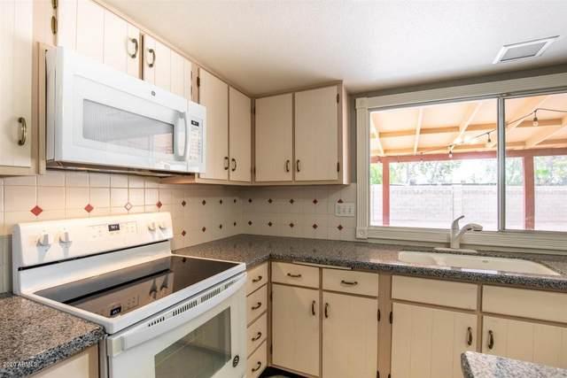 2107 W Del Oro Circle, Mesa, AZ 85202 (MLS #6124619) :: Brett Tanner Home Selling Team