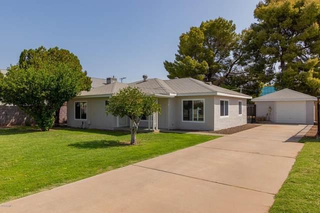 2831 N 25TH Place, Phoenix, AZ 85008 (MLS #6125644) :: The Laughton Team