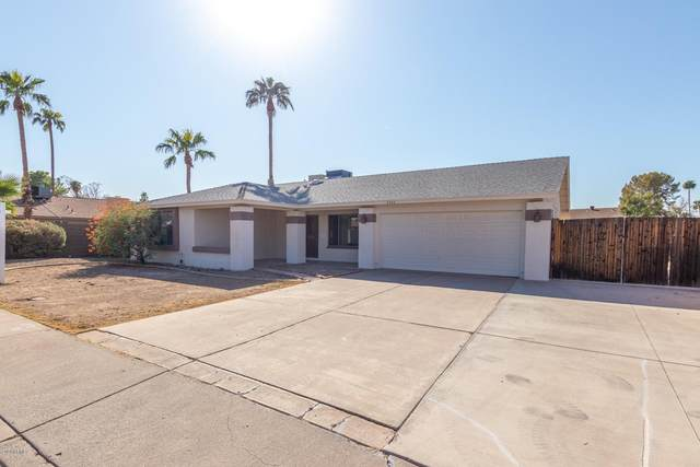 2242 S Hosick, Mesa, AZ 85210 (MLS #6128089) :: The Property Partners at eXp Realty