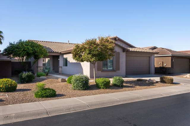 541 W Stanley Avenue, San Tan Valley, AZ 85140 (MLS #6129546) :: Riddle Realty Group - Keller Williams Arizona Realty