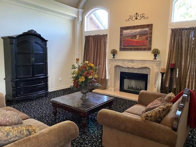 2606 N Hall Circle, Mesa, AZ 85203 (MLS #6134448) :: D & R Realty LLC