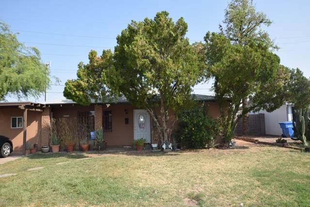 3502 E Cypress Street, Phoenix, AZ 85008 (MLS #6134987) :: The Laughton Team