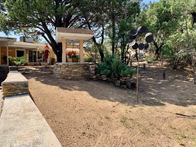1941 Rocky Dells Drive, Prescott, AZ 86303 (MLS #6135124) :: The Laughton Team
