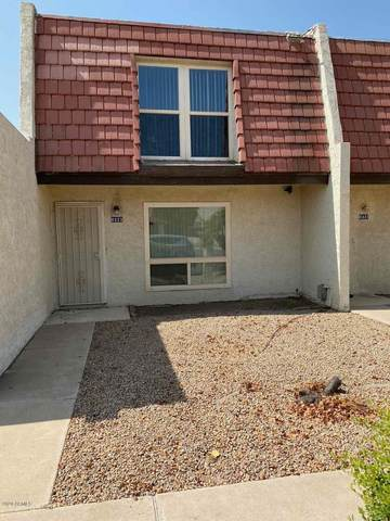 8323 N 59TH Drive, Glendale, AZ 85302 (MLS #6136066) :: The Laughton Team
