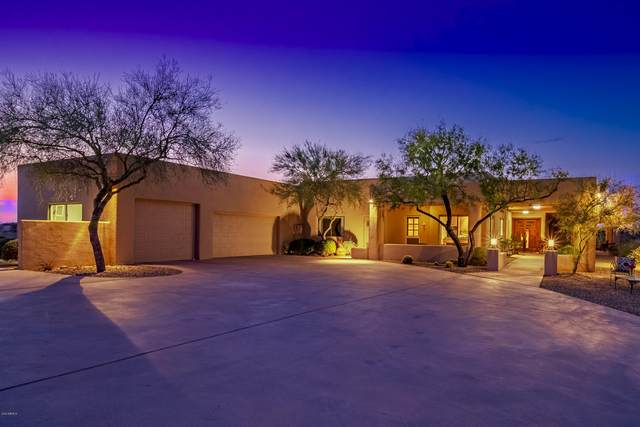 56318 N 337TH Avenue, Wickenburg, AZ 85390 (MLS #6136139) :: The Laughton Team