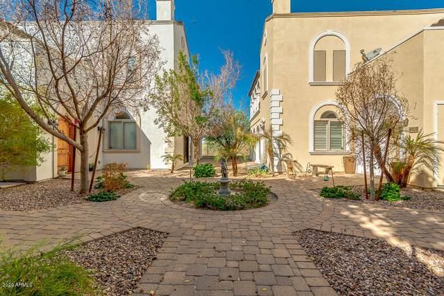 9808 S 3RD Avenue, Phoenix, AZ 85041 (MLS #6136337) :: neXGen Real Estate