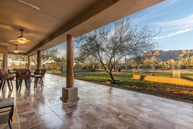 10006 E Vista Del Cielo, Gold Canyon, AZ 85118 (MLS #6137001) :: Klaus Team Real Estate Solutions