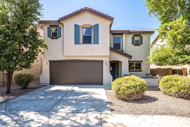 3021 E Santa Rosa Drive, Gilbert, AZ 85234 (MLS #6137711) :: Homehelper Consultants