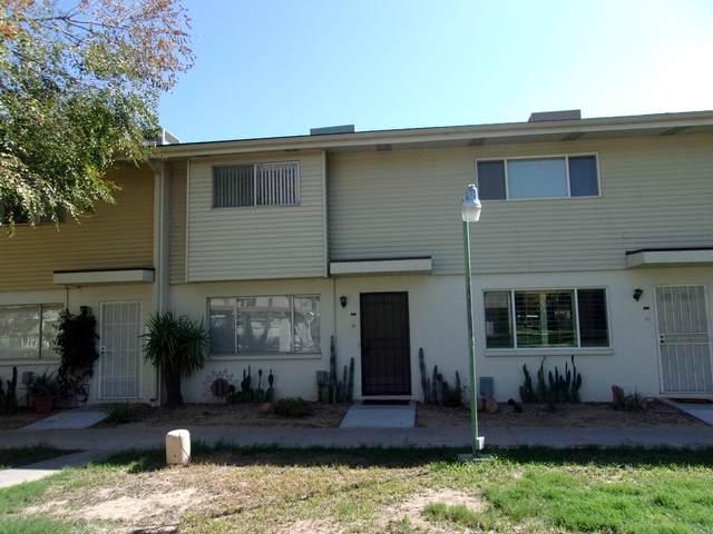 8211 E Garfield Street J8, Scottsdale, AZ 85257 (MLS #6139375) :: Lifestyle Partners Team