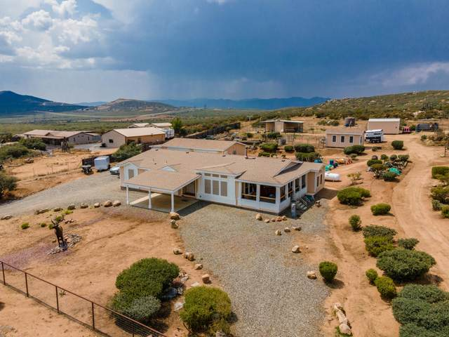 670 N Old Coach Trail, Dewey, AZ 86327 (MLS #6139555) :: Maison DeBlanc Real Estate