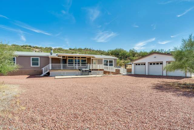 20555 E Feldspar Lane, Black Canyon City, AZ 85324 (#6139570) :: Luxury Group - Realty Executives Arizona Properties