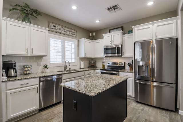 26645 N Babbling Brook Drive, Phoenix, AZ 85083 (MLS #6139611) :: Sheli Stoddart Team | M.A.Z. Realty Professionals