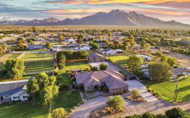 18121 E Watford Drive, Queen Creek, AZ 85142 (MLS #6140486) :: Nate Martinez Team