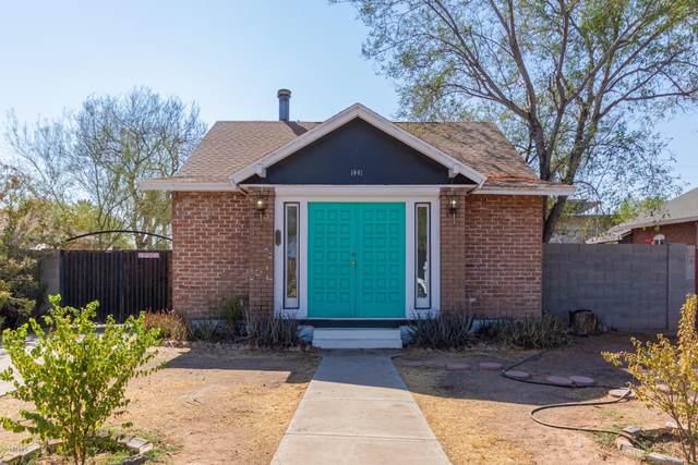 1441 E Brill Street, Phoenix, AZ 85006 (MLS #6140541) :: Sheli Stoddart Team | M.A.Z. Realty Professionals