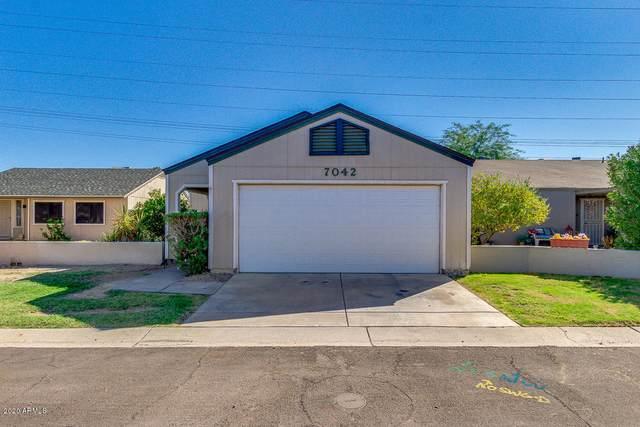 7042 S 43RD Street, Phoenix, AZ 85042 (MLS #6140737) :: Lifestyle Partners Team