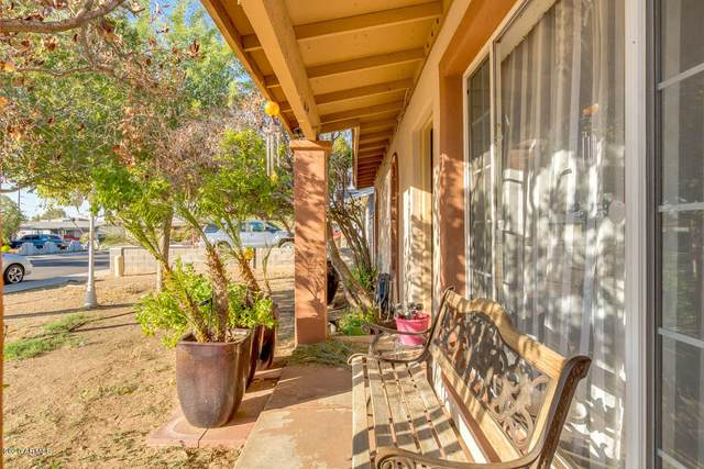 18235 N 34TH Avenue, Phoenix, AZ 85053 (MLS #6145297) :: The Laughton Team