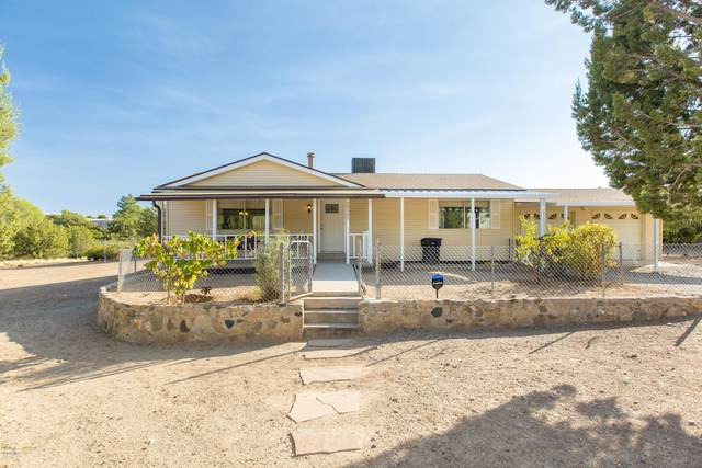 20905 E Stagecoach Trail, Mayer, AZ 86333 (MLS #6146268) :: Yost Realty Group at RE/MAX Casa Grande