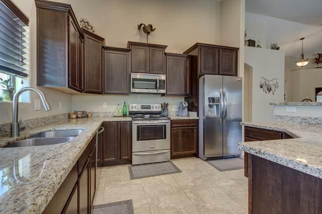 19117 E Starflower Drive, Queen Creek, AZ 85142 (#6146449) :: Luxury Group - Realty Executives Arizona Properties