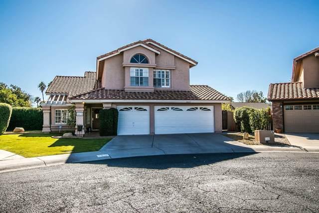 16031 N 48TH Way, Scottsdale, AZ 85254 (MLS #6147336) :: Brett Tanner Home Selling Team