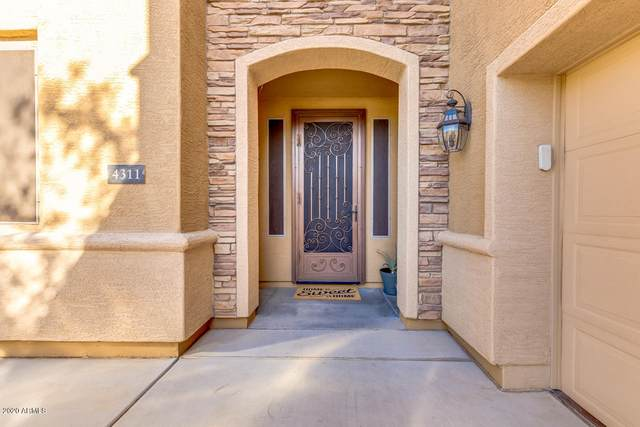 4311 S Renaissance Drive, Gilbert, AZ 85297 (MLS #6148277) :: neXGen Real Estate