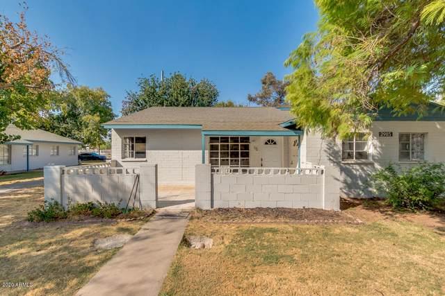 2985 N 19TH Avenue #15, Phoenix, AZ 85015 (MLS #6148801) :: neXGen Real Estate