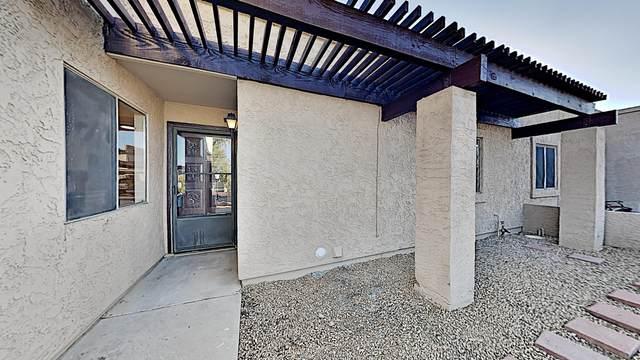 2101 W Pontiac Drive, Phoenix, AZ 85027 (MLS #6151006) :: Sheli Stoddart Team | M.A.Z. Realty Professionals