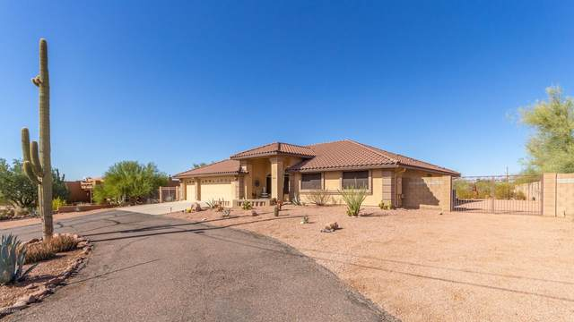 5592 E 18TH Avenue, Apache Junction, AZ 85119 (MLS #6152426) :: The Riddle Group