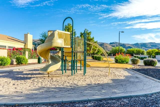 2219 E Branham Lane, Phoenix, AZ 85042 (MLS #6152917) :: Service First Realty