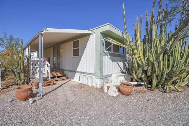 1451 N Pinal Avenue #24, Casa Grande, AZ 85122 (MLS #6153642) :: Maison DeBlanc Real Estate