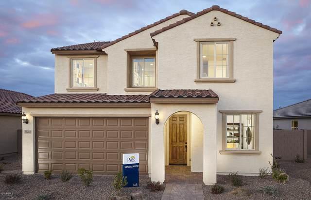 19202 W Centerra Drive, Buckeye, AZ 85326 (MLS #6153667) :: Devor Real Estate Associates