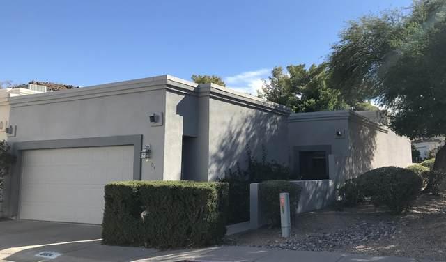 2304 E Winchcomb Drive, Phoenix, AZ 85022 (MLS #6153727) :: Devor Real Estate Associates