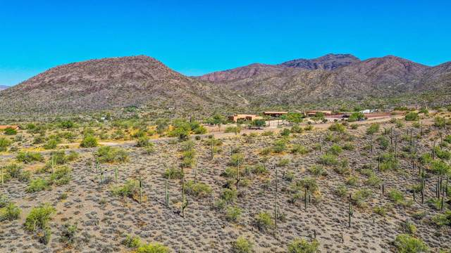 7900 E Crisscross Way, Cave Creek, AZ 85331 (MLS #6153990) :: The Riddle Group