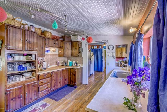901 A Tombstone Cyn, Bisbee, AZ 85603 (MLS #6156202) :: The Riddle Group