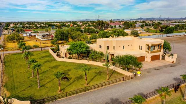 3833 S 67th Avenue, Phoenix, AZ 85043 (MLS #6158278) :: Yost Realty Group at RE/MAX Casa Grande
