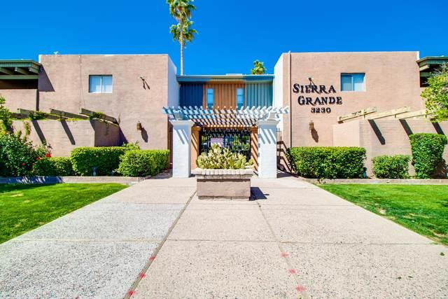 3230 E Pinchot Avenue #17, Phoenix, AZ 85018 (MLS #6159211) :: Brett Tanner Home Selling Team