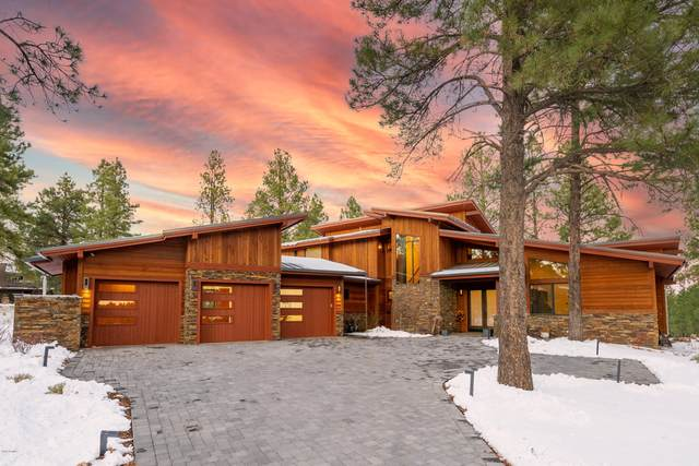 3308 S Clubhouse Circle, Flagstaff, AZ 86005 (MLS #6160784) :: The Daniel Montez Real Estate Group