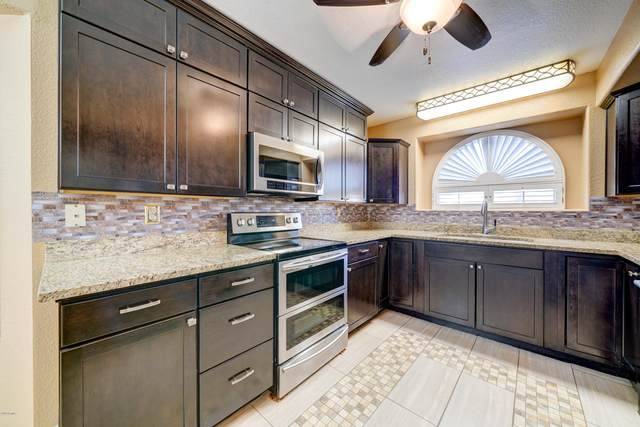 3461 W Golden Lane, Chandler, AZ 85226 (#6162684) :: Long Realty Company