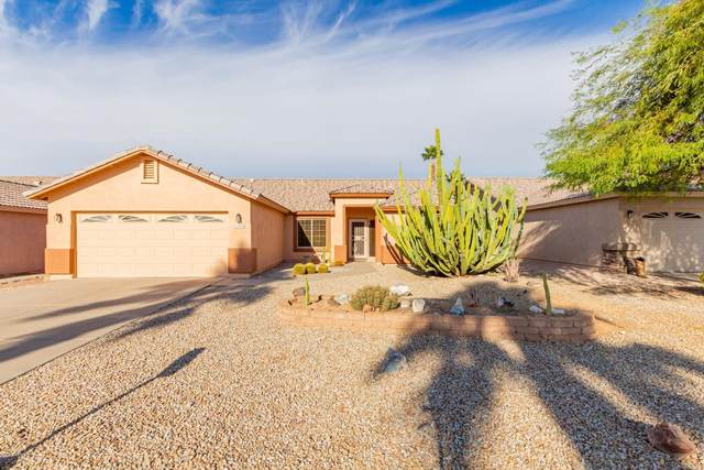 7004 S Russet Sky Way, Gold Canyon, AZ 85118 (MLS #6164610) :: The Laughton Team