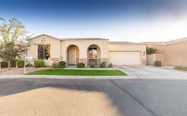 7051 E Kessler Avenue, Mesa, AZ 85209 (MLS #6164710) :: BVO Luxury Group