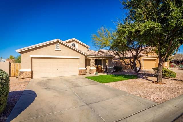 1704 E Nardini Street, San Tan Valley, AZ 85140 (MLS #6164853) :: The Laughton Team