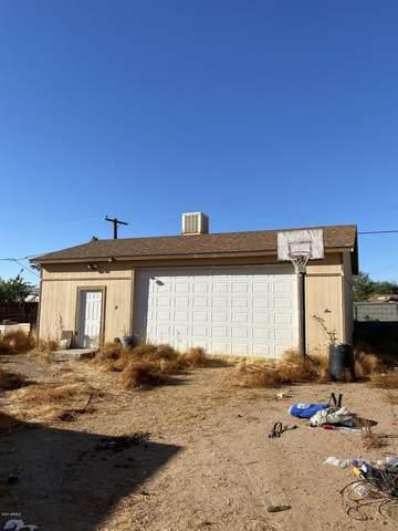 2926 W Mandalay Lane, Phoenix, AZ 85053 (MLS #6164929) :: BVO Luxury Group