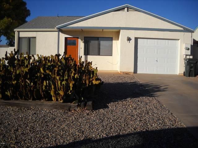 681 Charles Drive, Sierra Vista, AZ 85635 (MLS #6165580) :: Long Realty West Valley